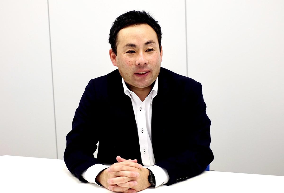 株式会社ヤックスケアサービス 常務取締役 営業本部長 末 祐一郎様